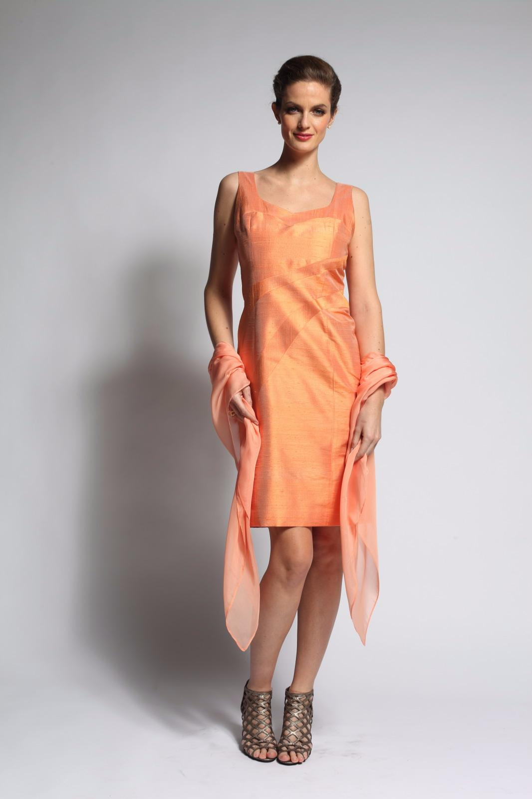 100% authentique 51a60 0db29 Robe de soirée à bretelles en soie découpes très féminine ABACA